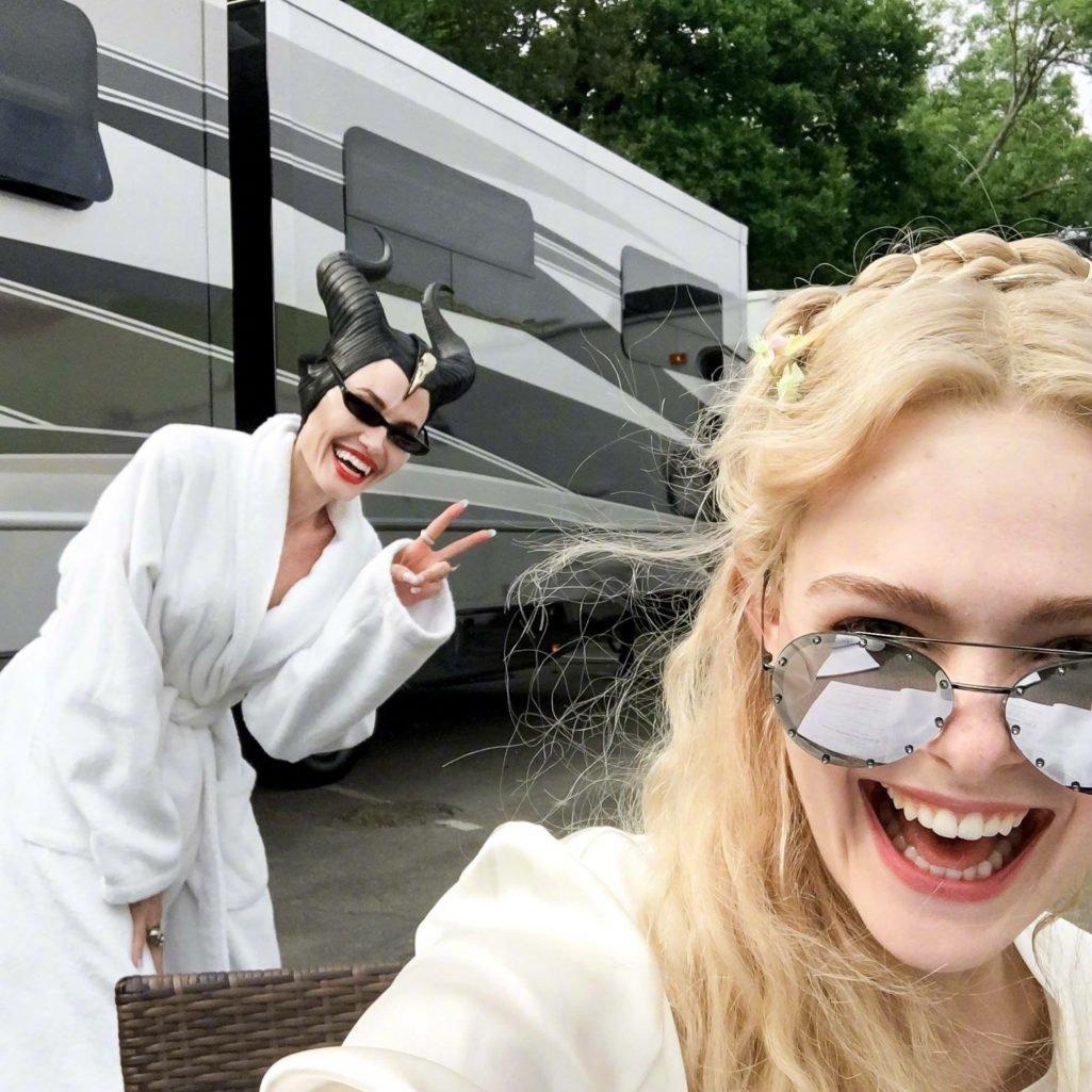 《黑魔女2》開拍了!超萌片場照曝光 《死侍》「他」也加入